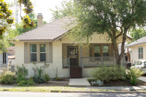 SOLD - 122 Loretta Pl - Roosevelt Park neighborhood